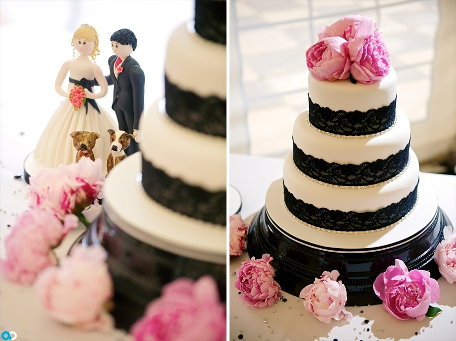 11 Black and white wedding cake