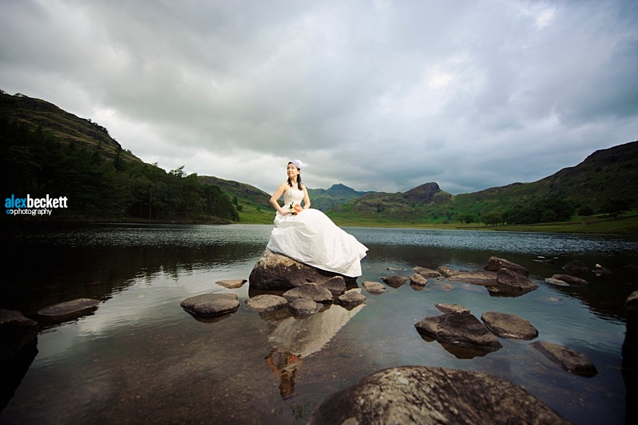 10 bride on a lake near keswick lake district