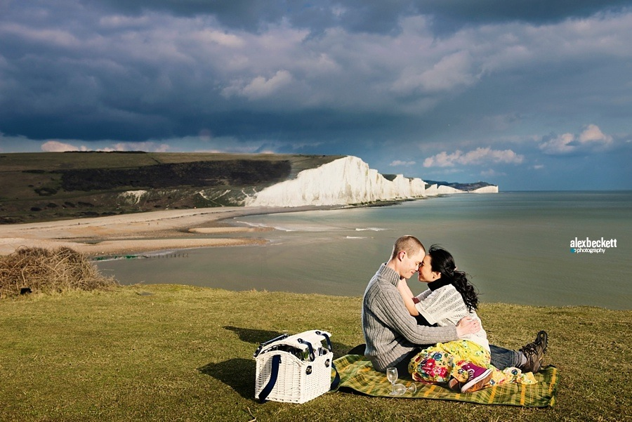 003 AlexBeckett Eastbourne engagement wedding photoshoot white cliffs of dover