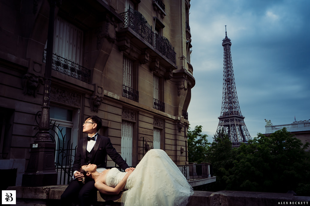 Eiffel tower paris pre-wedding