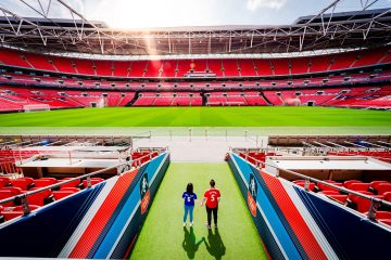 https://www.alexbeckett.co.uk//files/2020/10/London_Pre_Wedding_Photographer_FOOTBALL-WEMBLY-scaled-360x240.jpg