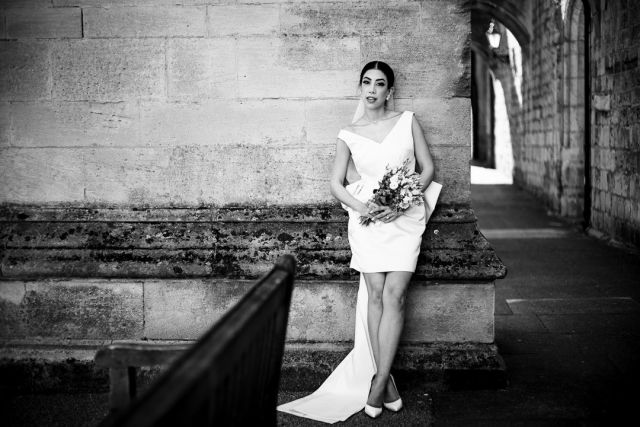 I think this is what they call 'effortlessly cool and chic'. Sadaf rocking it. @sadoofii @rav_s_rana  #modernbride #southamptonwedding #blackandwhitephotography #bridalportrait #modernbridalportrait #modernclassic #timelessbutnow