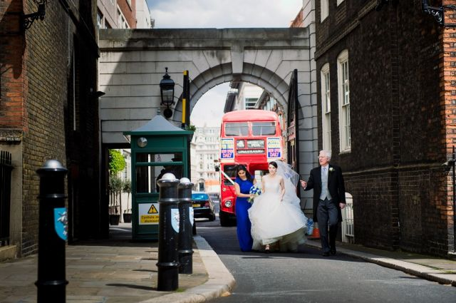 Just reliving a memorable day at Temple Church and Skinner's Hall - and the most iconic way of travelling between! @templechurchlondon   #templechurchwedding #skinner'shallwedding #skinnershallreception #getmetothechurch #londonwedding #londonweddingphotographer #londonbuswedding #londonredbus #londonbride #fearless1125